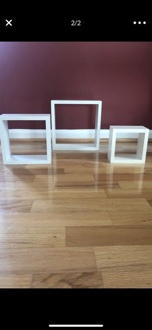 Floating wall shelves set of 3 for Sale in Washington Township, NJ