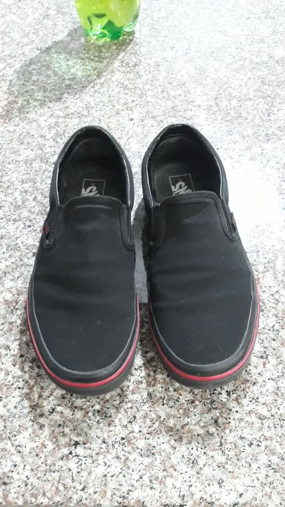 Van's shoes sz 9