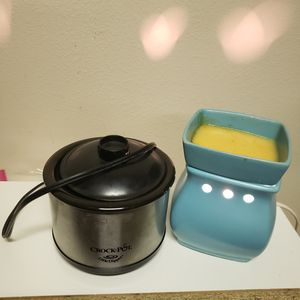Scentcy warmer+ crock- pot ( both are working perfectly) PRICE FOR THE SET for Sale in Albuquerque, NM