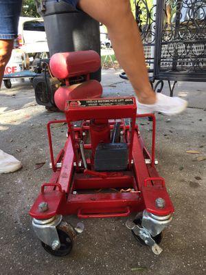1500 lbs motorcycle lift jack for Sale in St. Petersburg, FL