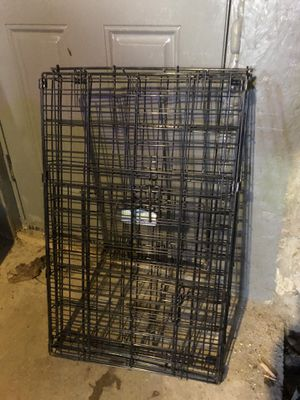 "Collapsible metal dog crate kennel Medium size (30""x48""x53"") for Sale in Worcester, MA"