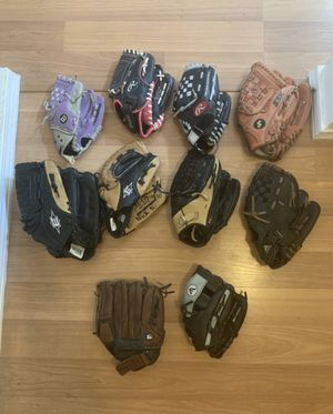 Baseball gloves for Sale in Oregon City, OR