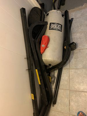 Everlast Punching bag for Sale in Newark, NJ