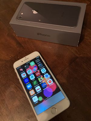 iPhone 8 unlocked Any Carrier for Sale in Baton Rouge, LA
