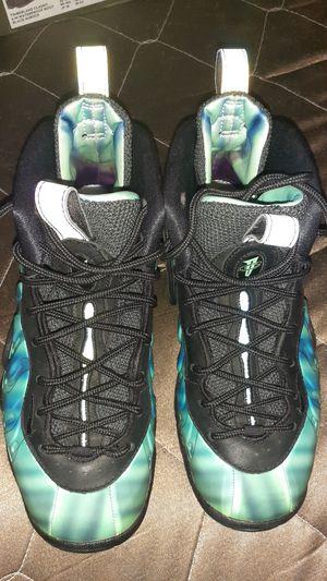 Nike Foamposites - 4y for Sale in Selma, CA