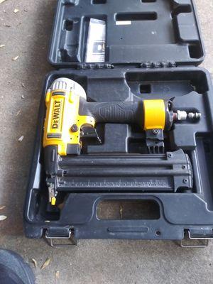 Dewalt finish 18 gauge nail gun for Sale in Stockton, CA