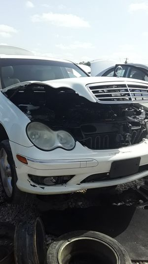 2006 Mercedes Benz C230 for parts for Sale in Houston, TX