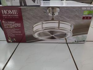Lamparas de techos LED nuevas en su cajas variedades for Sale in Miami, FL