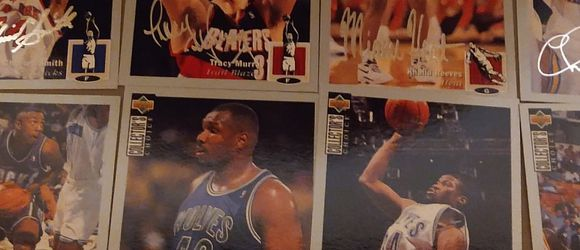 1994 Collector Choice Basketball Facsimile Autograph Set Of 28 Card for Sale in Glendale Heights,  IL