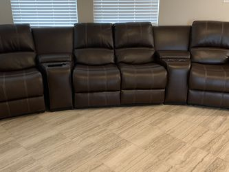 Recliner Sofa Brand New Condition! for Sale in Richmond,  TX