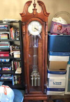 Antique Howard Miller Grandfather clock for Sale in Norwalk, CA
