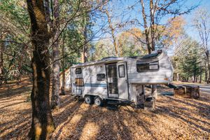 Fifth wheel for Sale in Applegate, OR