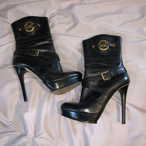 Michael Kors Boots for Sale in Boca Raton, FL