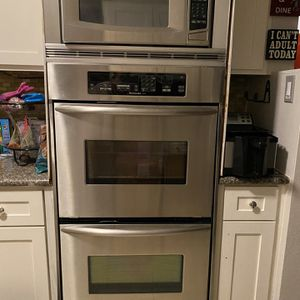 Kitchen aid Double Oven With Microwave for Sale in Houston, TX