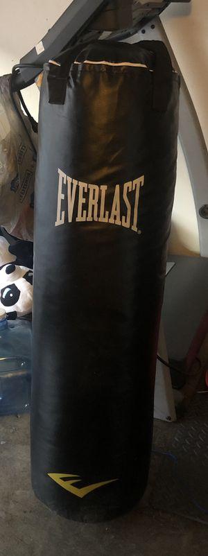 70 lb Everlast heavy bag for Sale in Norwalk, CA