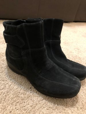 Women's Suede boots size 8 for Sale in Woodbridge, VA