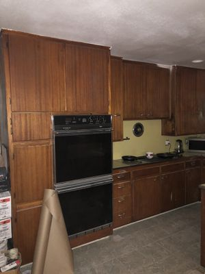 Wood cabinets for Sale in undefined