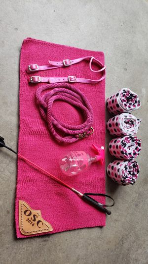 Horse Tack Lot Pink for Sale in Sammamish, WA