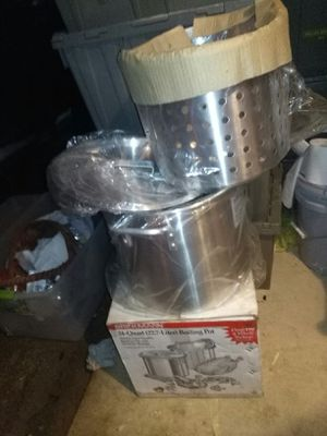 New burner and new pot with strainer for Sale in Denham Springs, LA