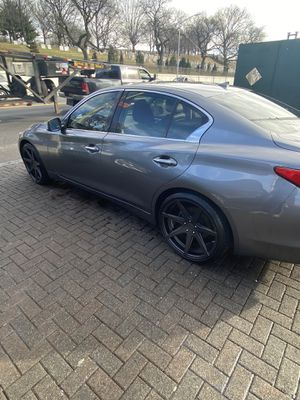 2016 Infiniti Q50 awd for Sale in Riverdale Park, MD