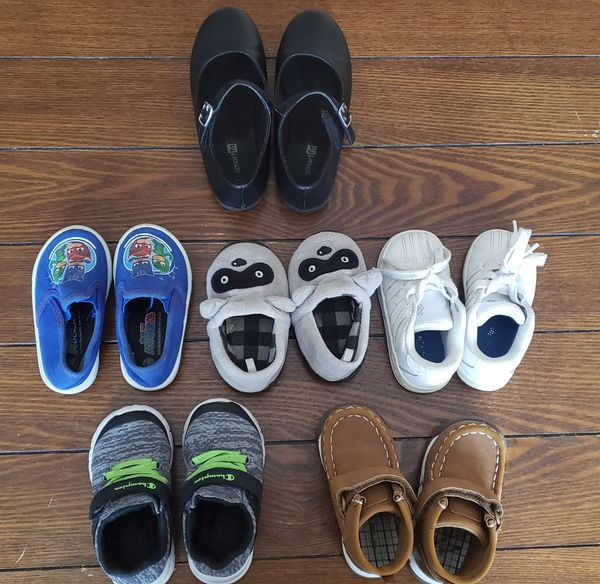 Toddler boy & Girl's sized shoes