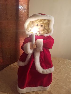$35.00 - Christmas Animated & Lighted Caroler, Vintage/Retired/Rare/With Cameo - Priced at Minimum for Sale in Miami, FL