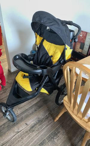 Three will stroller car seat set combo Graco brand for Sale in Denver, CO