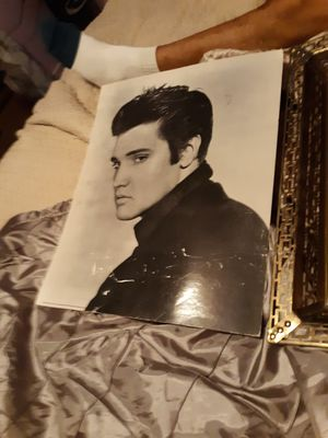 Elvis Presley pictures for Sale in New Canton, VA