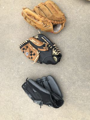 Baseball gloves for Sale in Bluffdale, UT