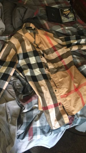 Burberry for Sale in Detroit, MI