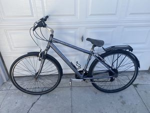 Road Bike Huffy for Sale in Los Angeles, CA