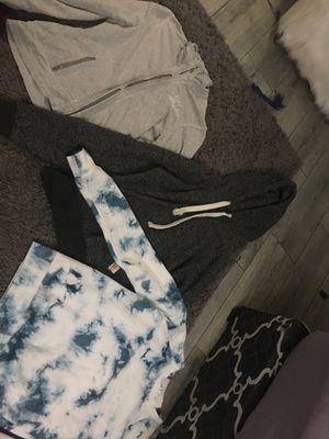 Jacket/sweater bundle for Sale in Peoria, AZ