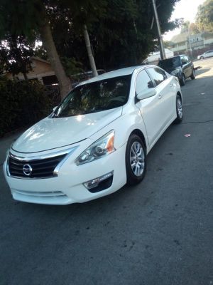 2015 Nissan Altima for Sale in Los Angeles, CA