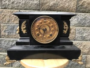Antique Insonia Mantle Clock Works for Sale in Monroeville, PA