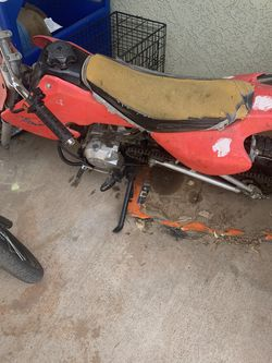 Dirt Bike .. It Works Need A Lil TLC.. Not A Honda for Sale in Moreno Valley,  CA