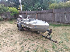 14ft Cadillac Boat w/ Trailer and Motor for Sale in Shoreline, WA