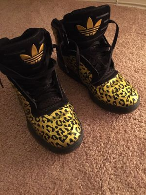 Addidas for Sale in Oxon Hill, MD