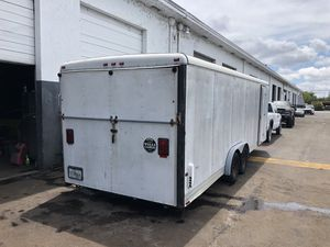 1999 wells cargo 24ft car trailer enclosed for Sale in West Palm Beach, FL