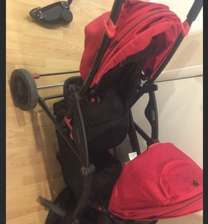 Red contours double stroller for Sale in Las Vegas, NV