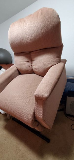 Pride power lift recliner chair sofa couch for Sale in Portland, OR