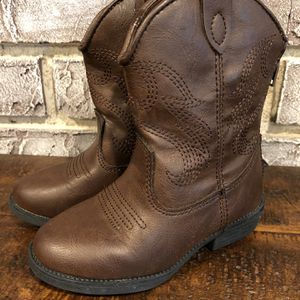 Cat & Jack Toddler Cowboy Boots Size 7 for Sale in Pompano Beach, FL