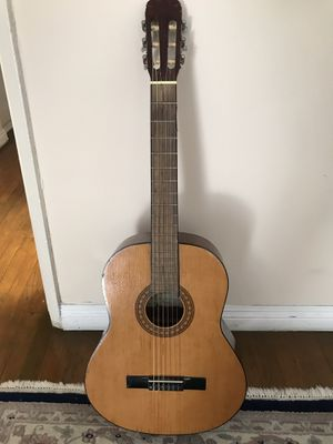 Jasmine by TAKAMINE Classical Guitar for Sale in Los Angeles, CA