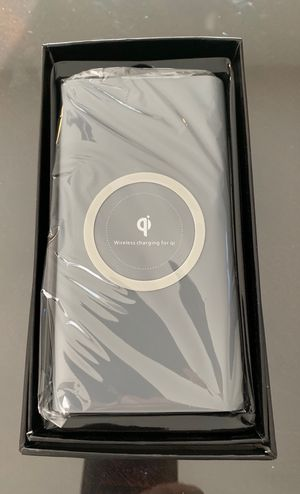 Power Bank Qi Charger for Sale in Santa Clarita, CA