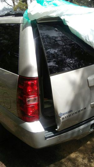 I need a backhatch for a 2009 Suburban..please let me know if you have one or parts truck for Sale in Austin, TX