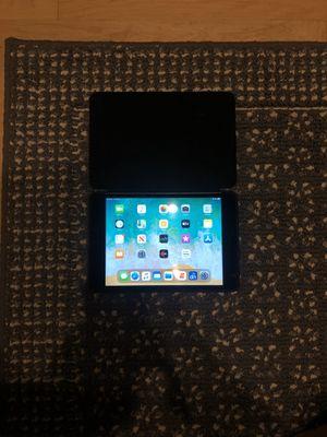 Apple iPad mini 4 128GB Mint Condition for Sale in Chicago, IL