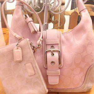 Small Bag, Coach Handbag,Purse and Wallet for Sale in Los Angeles, CA