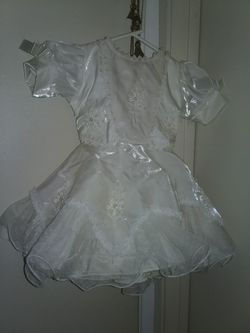 Dress, Easter, baptism, wedding, 3 toddler, beautiful for Sale in San Jose,  CA