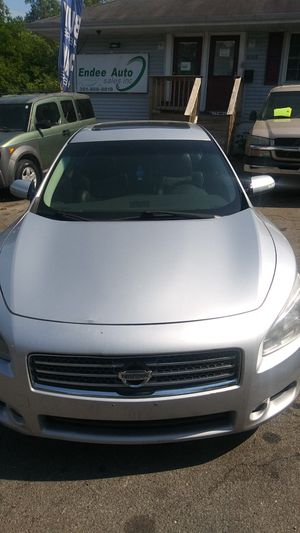 2010 Nissan Maxima/ Must See!!! for Sale in FAIRMOUNT HGT, MD
