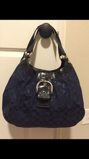 Coach Soho Signature Lynn Hobo Shoulder bag . Navy Blue/ Black. for Sale in Katy, TX