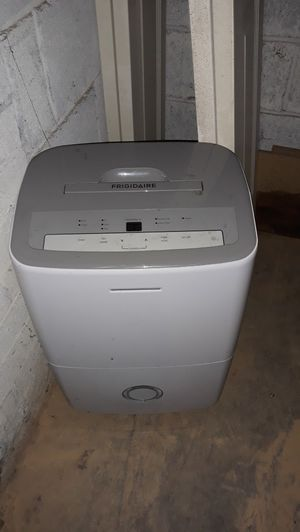 Frigidaire dehumidifier for Sale in Falls Church, VA
